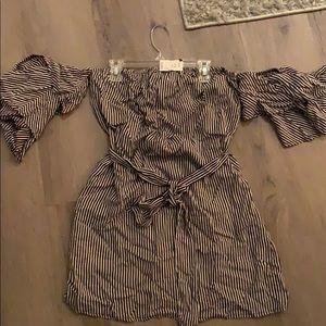 Off the shoulder dress (brand new)